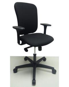 Bureaustoel Ahrend 160 zwart onderstel zwart