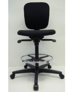 Kassastoel,loketstoel,bootstoel Ahrend 262 zwart nieuwe stof