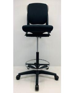 Kassastoel, loketstoel, bootstoel Ahrend 230 middelhoog zwart nieuw stof