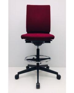 Kassastoel Wilkhahn NEOS donker rood