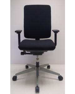 Bureaustoel Steelcase Sarb nieuwe stof