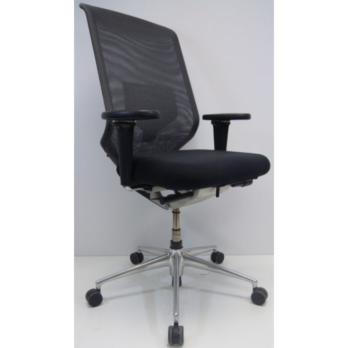 Vitra Meda Bureaustoel.Bureaustoel Vitra Meda Pro Zitting Zwart Rug Grijs